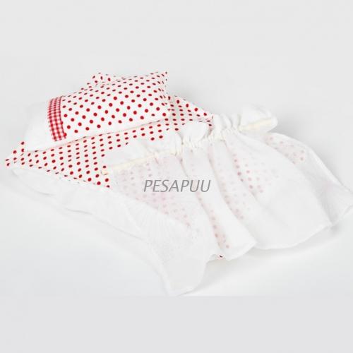 Puidust_nukuvankri_tekstiilid_PESAPUU.jpg